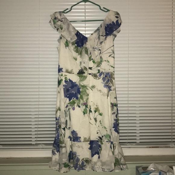 Dkny Dresses & Skirts - DKNY Floral Midi Dress